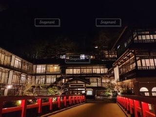 夜の旅館の写真・画像素材[4335084]