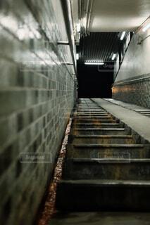 階段にての写真・画像素材[4344110]