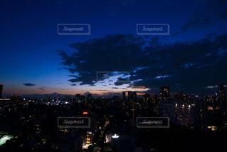夕暮れの空の写真・画像素材[2163997]