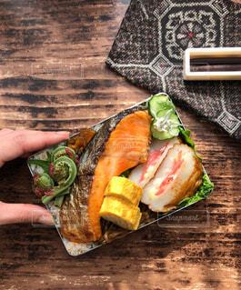 和風鮭弁当の写真・画像素材[4415929]