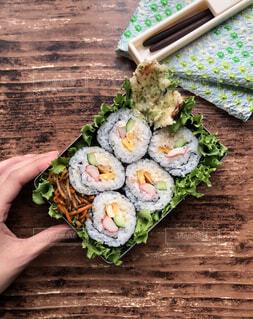 巻き寿司弁当の写真・画像素材[4431678]