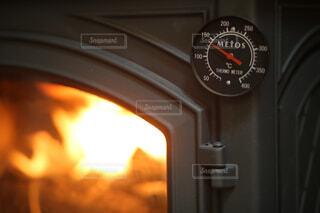 火のオーブンのクローズアップの写真・画像素材[4501144]