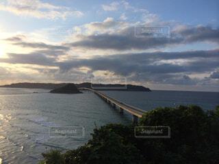 山口県の角島大橋にての写真・画像素材[4359329]