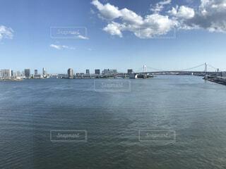 レインボーブリッジと青空の写真・画像素材[4361615]