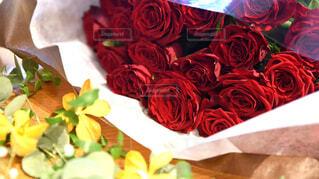 バラの花束クローズアップの写真・画像素材[4361633]