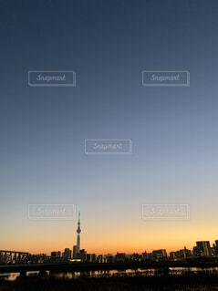 夕暮れのスカイツリーの写真・画像素材[4361638]