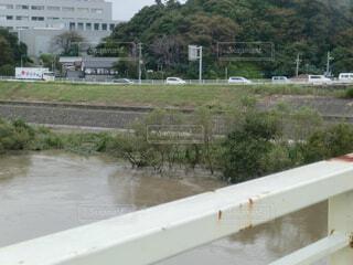 増水した利根川の写真・画像素材[4381334]