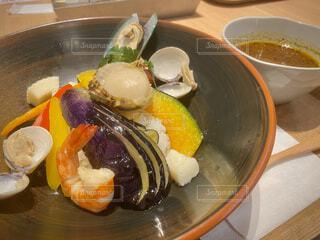 やや辛目の魚介類スープカレーの写真・画像素材[4372462]