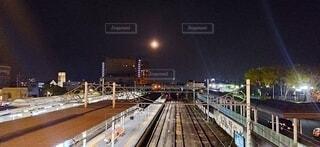 駅の線路の写真・画像素材[4369333]