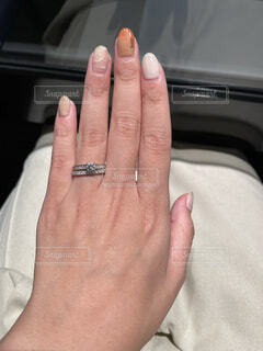 指輪の重ね付けの写真・画像素材[4776680]