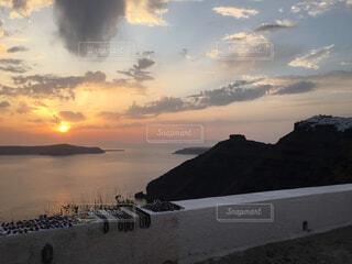 サントリーニ島の夕暮れの写真・画像素材[4389042]