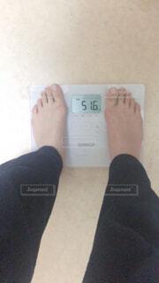 体重計50キロ代の写真・画像素材[4389850]