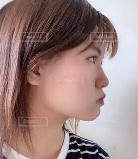 横顔の写真・画像素材[4815672]