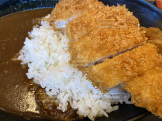 ご飯と一緒に食べ物の皿のクローズアップの写真・画像素材[4951851]