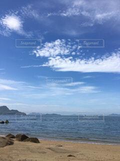 瀬戸内海の砂浜の写真・画像素材[4388340]