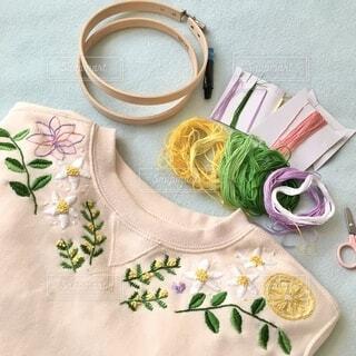 春模様の刺繍の写真・画像素材[4395345]