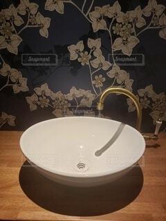 トイレの手洗いの写真・画像素材[4398003]