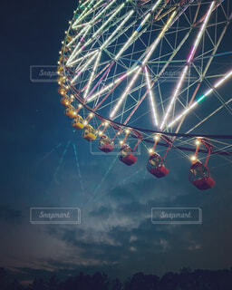 夜の観覧車の写真・画像素材[4398681]