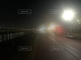 夜の都市の眺めの写真・画像素材[4400689]