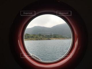 窓から見えるの写真・画像素材[4412603]