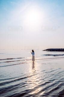 海に差し込むヒカリの写真・画像素材[4434888]