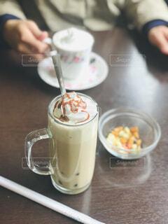 昔ながらの喫茶店にての写真・画像素材[4434836]