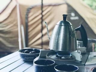 キャンプの朝の写真・画像素材[4434849]