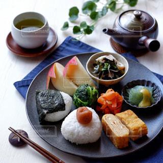 彩り豊かな和食のワンプレートの写真・画像素材[4459154]