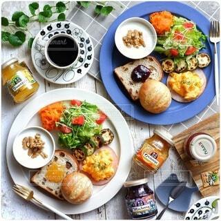 彩り豊かなワンプレート朝食の写真・画像素材[4523242]