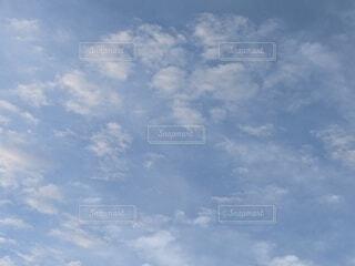 空の雲の群の写真・画像素材[4612676]