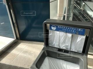 ショッピングモールの入口の写真・画像素材[2606385]