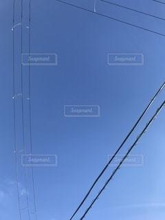 澄んだ青空の写真・画像素材[3335617]