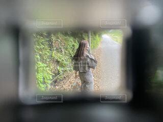 フィルター越しの彼女の写真・画像素材[4469707]