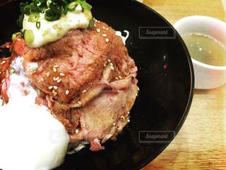 ローストビーフ丼の写真・画像素材[582796]