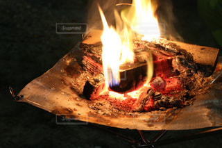 焚火の季節の写真・画像素材[2480760]