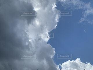 夏模様な空の写真・画像素材[4470885]