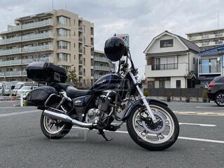 街中のアメリカンバイクの写真・画像素材[4480608]