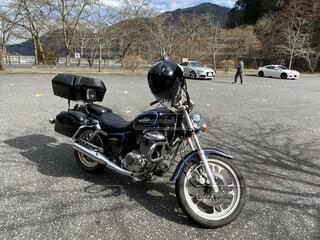 アメリカンバイク斜め前の写真・画像素材[4480613]