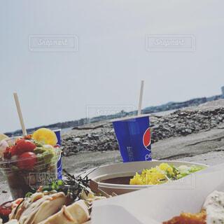 海とランチの写真・画像素材[4471310]