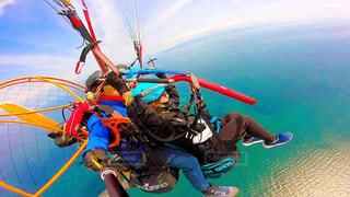 海の上を空中散歩の写真・画像素材[4482250]