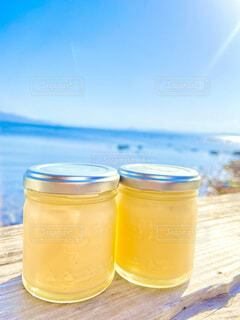 二つ並んだ海辺の塩プリンの写真・画像素材[4539560]