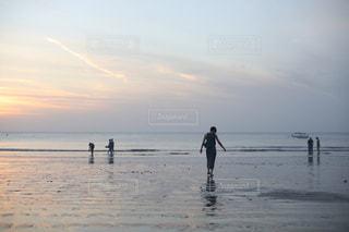 バリの夕暮れの写真・画像素材[878636]