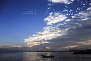 日の出前の写真・画像素材[766140]