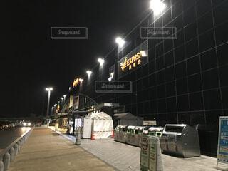 夜のSAの写真・画像素材[4518836]