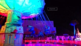 夜の遊園地の写真・画像素材[4522095]
