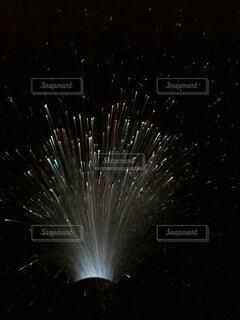 流れ出る流星の写真・画像素材[4522151]