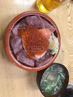 マグロ丼の写真・画像素材[4539004]