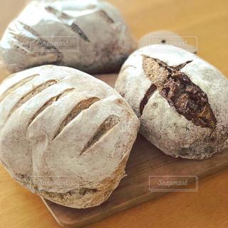 山のパンの写真・画像素材[1363223]