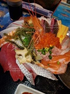 幸せ海鮮丼の写真・画像素材[4548098]