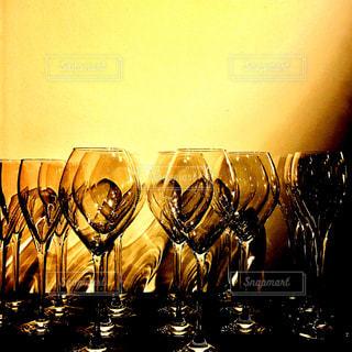 BARのワイングラスの写真・画像素材[999668]
